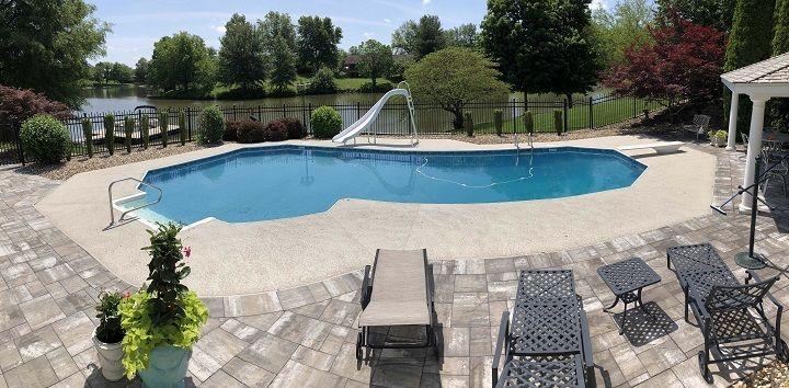 resort-swimming-pool-stamped-concrete-floor